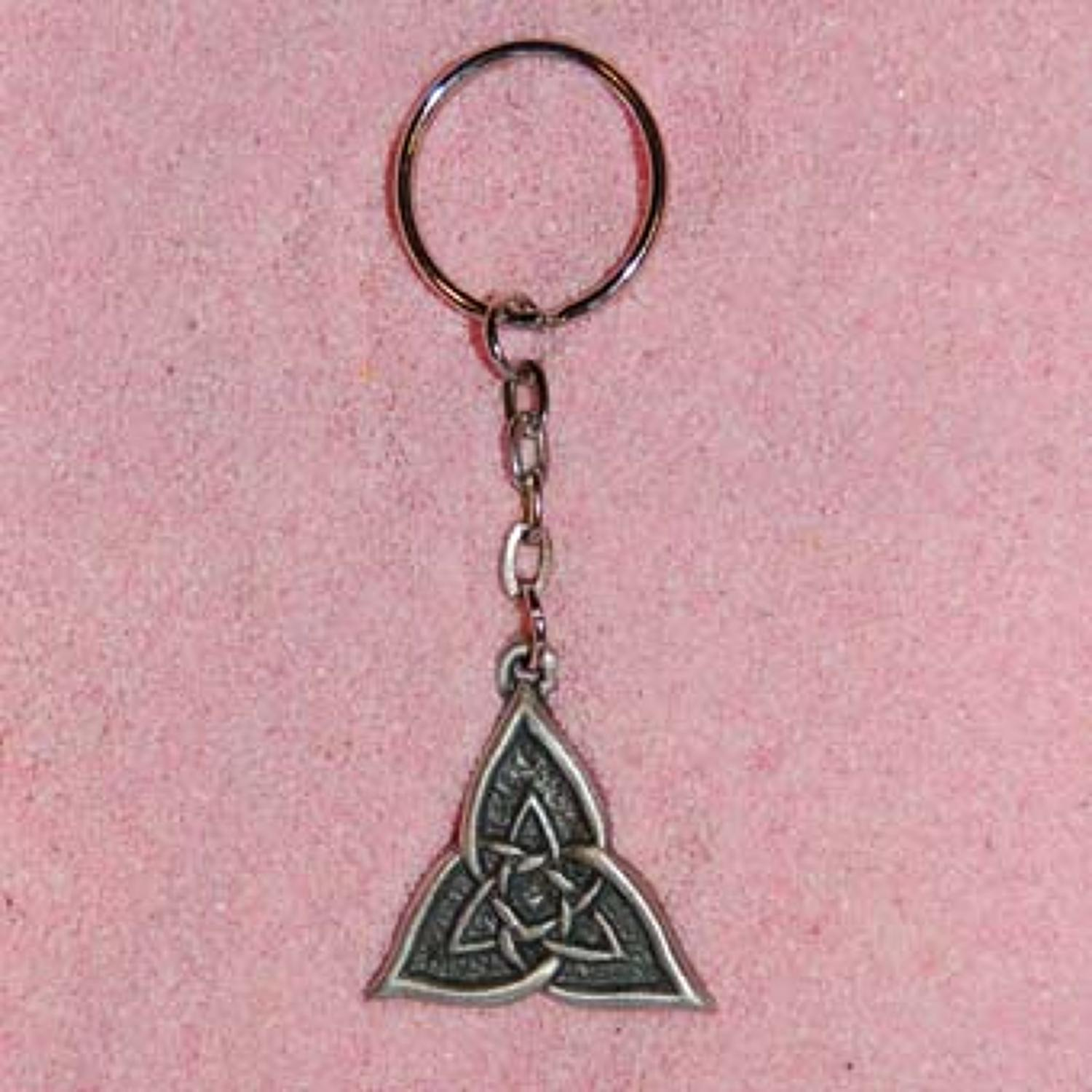 KR0279 Celtic Triangle