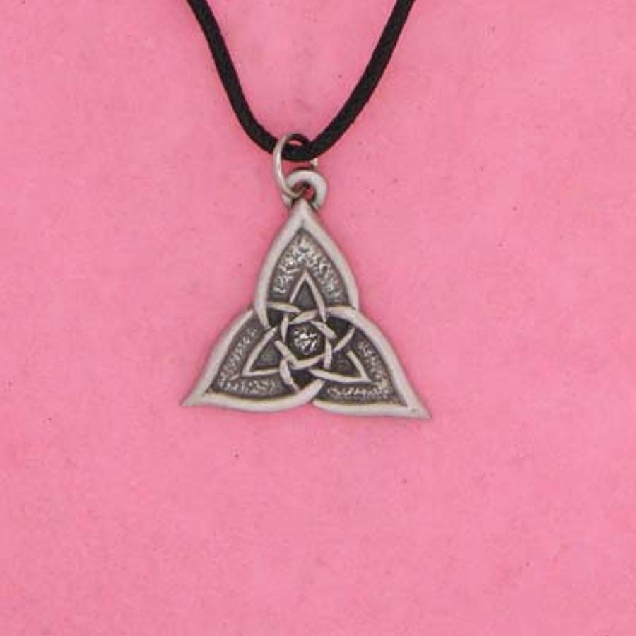 P0279 Celtic Triangle