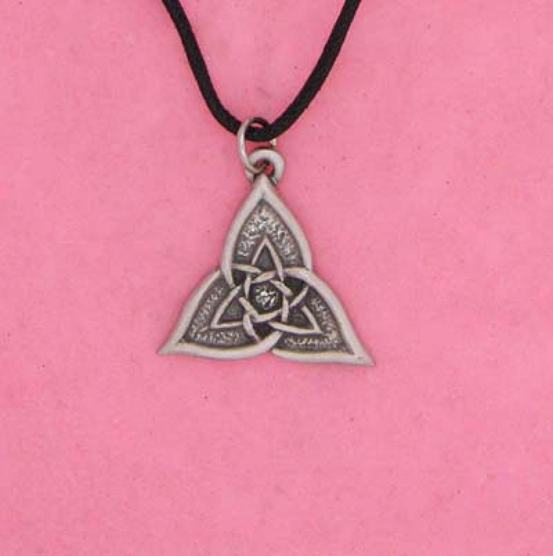 P0279 Celtic Triangle