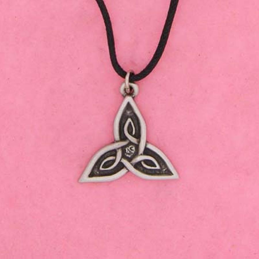 P0284 Celtic Triangle