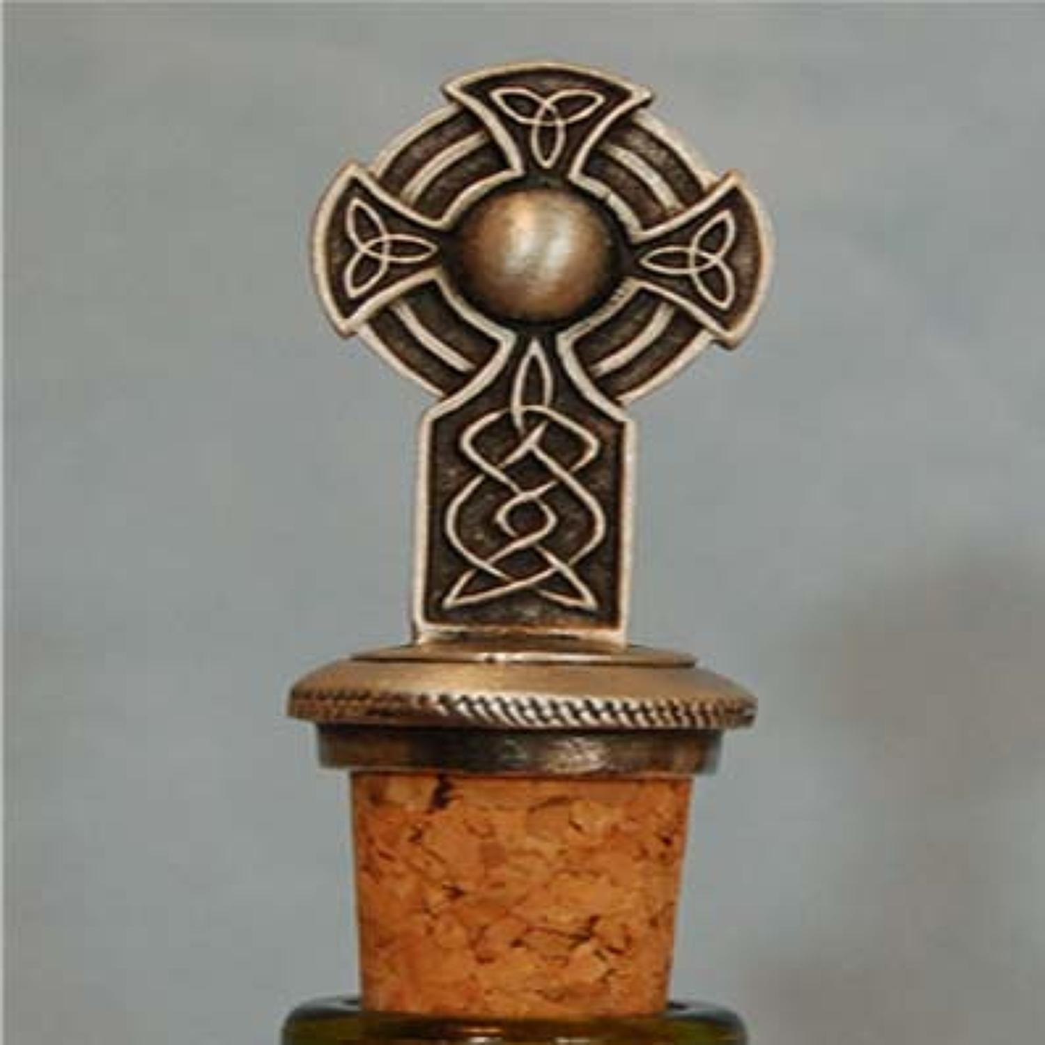 BS0253 Celtic Cross