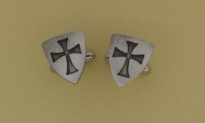 CL0699 Templar Shield