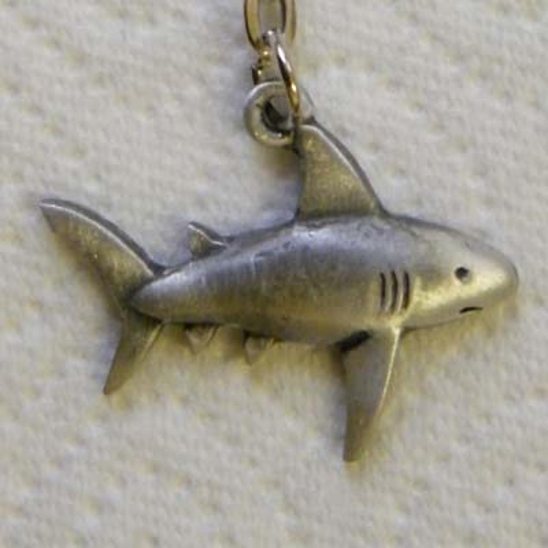 KR0735 Shark
