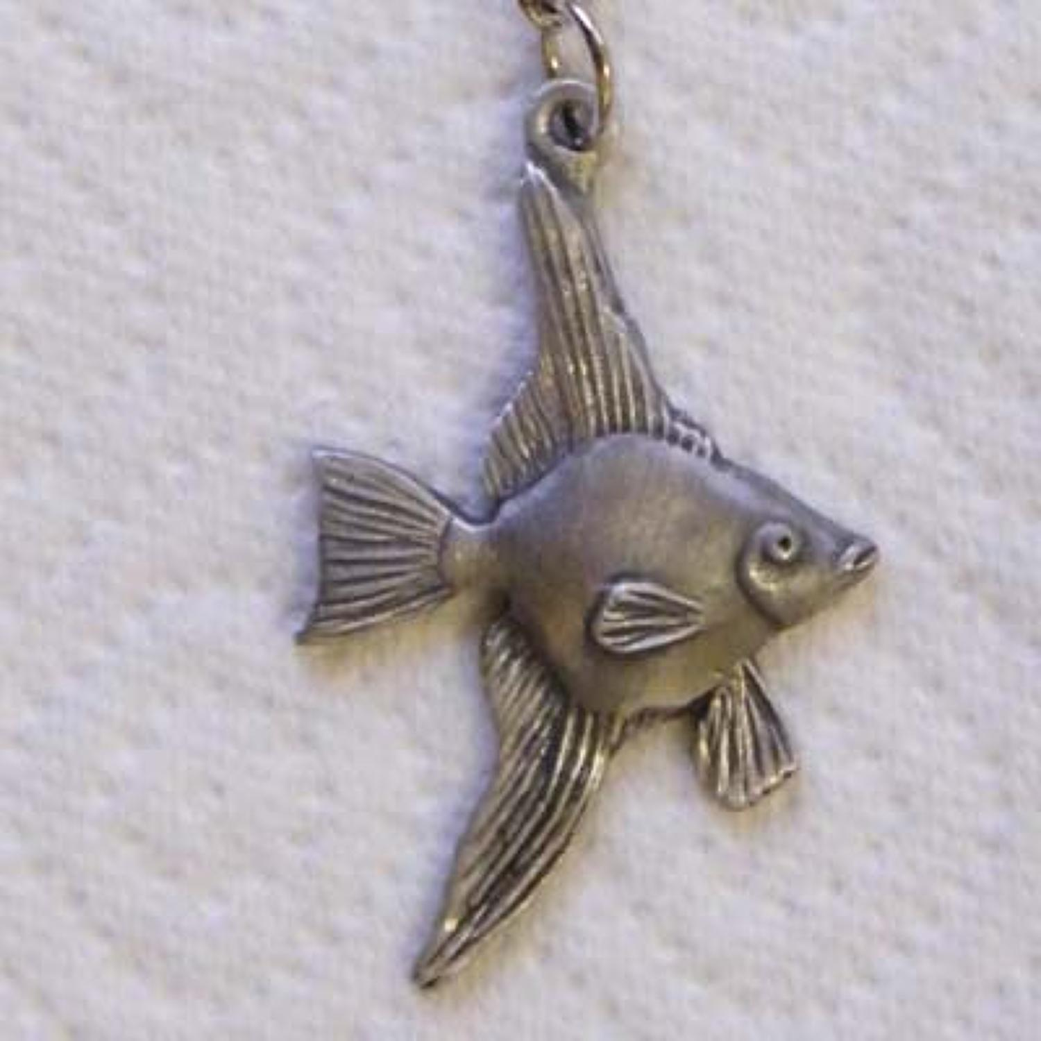 KR0740 Angel Fish