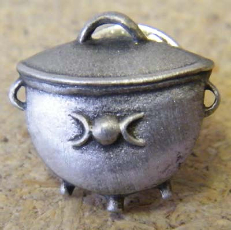 LP0749 Cauldron