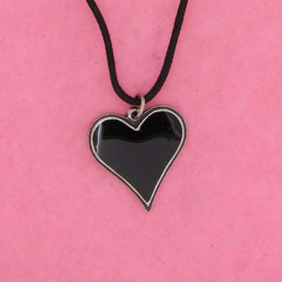 P0567 Black Heart
