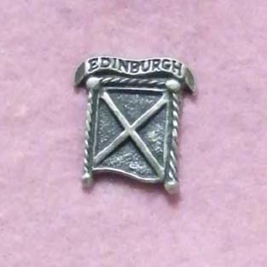 LP978 Edinburgh Saltire