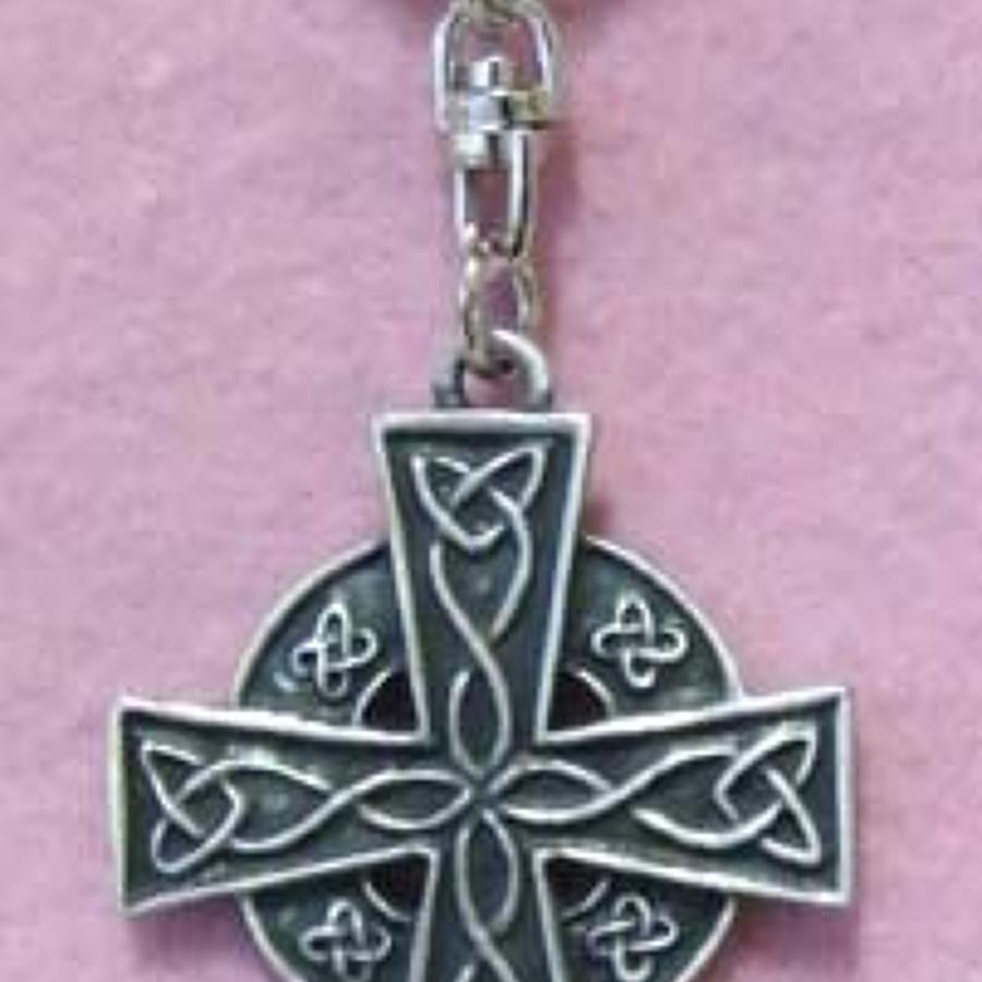 KR0278 celtic Cross