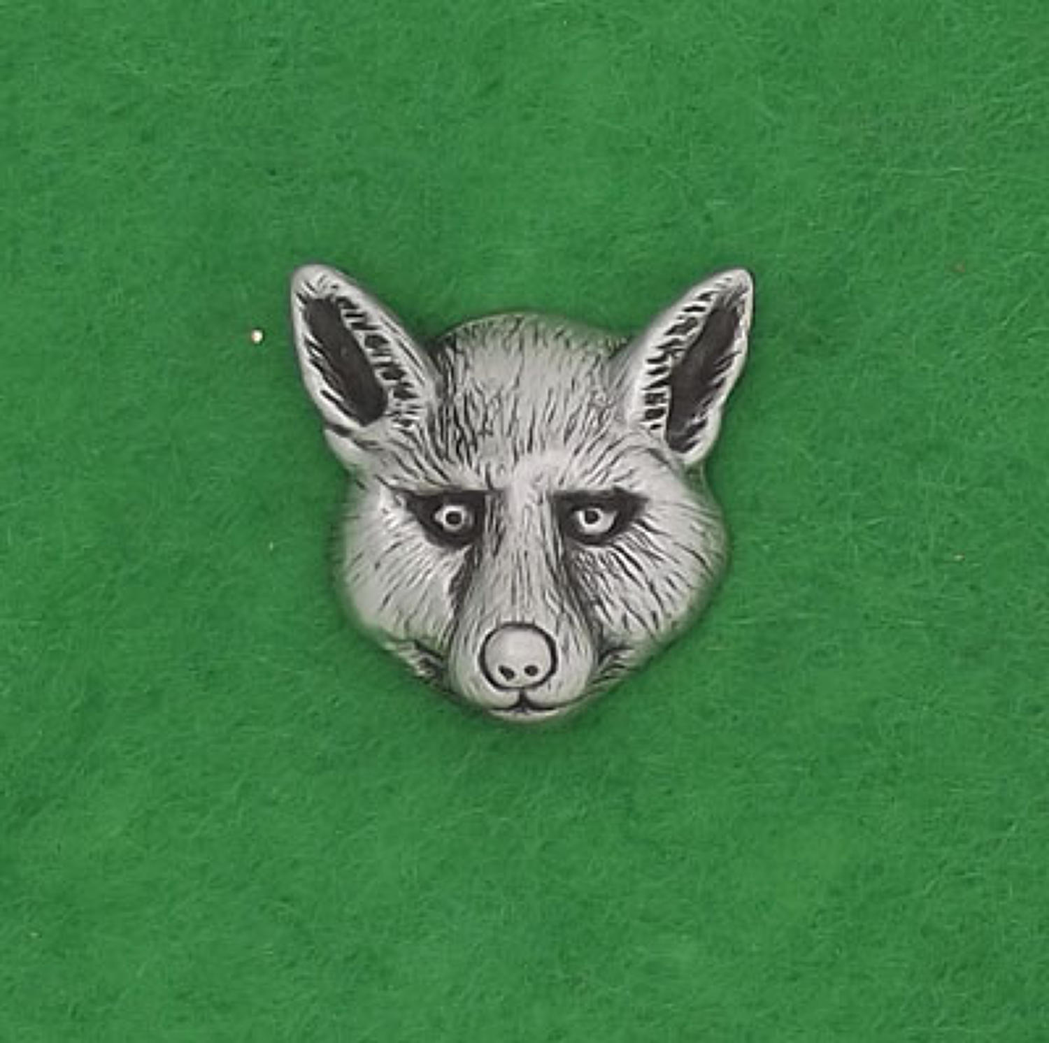 LP1127 Fox Head