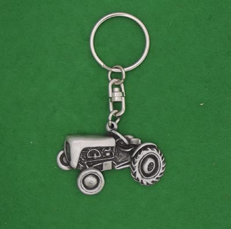 KR1173 Vintage Tractor