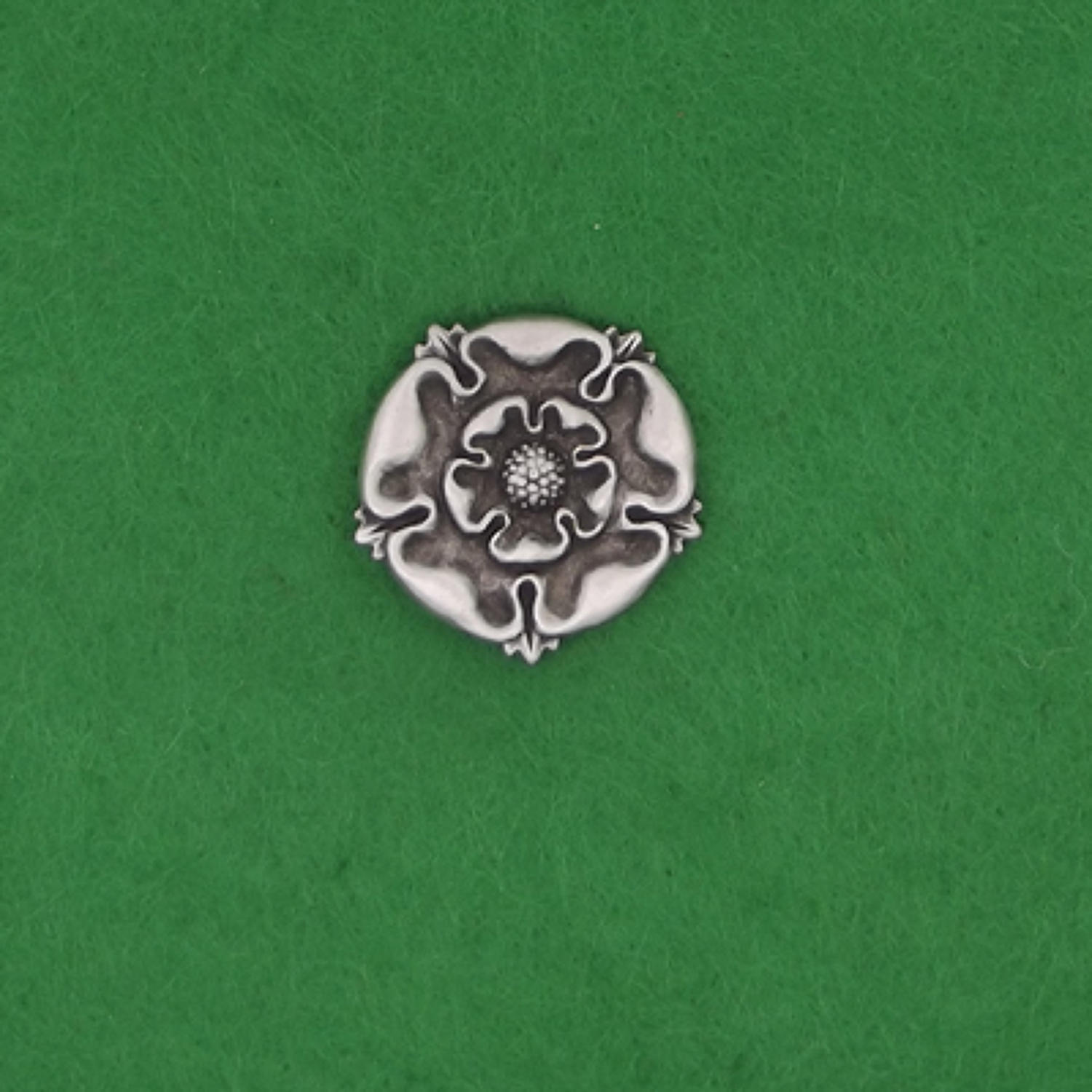 LP1224 Tudor Rose