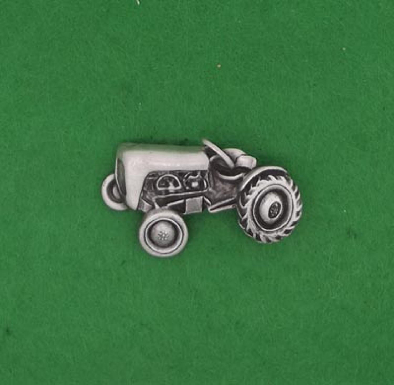 BR1173 Vintage Tractor