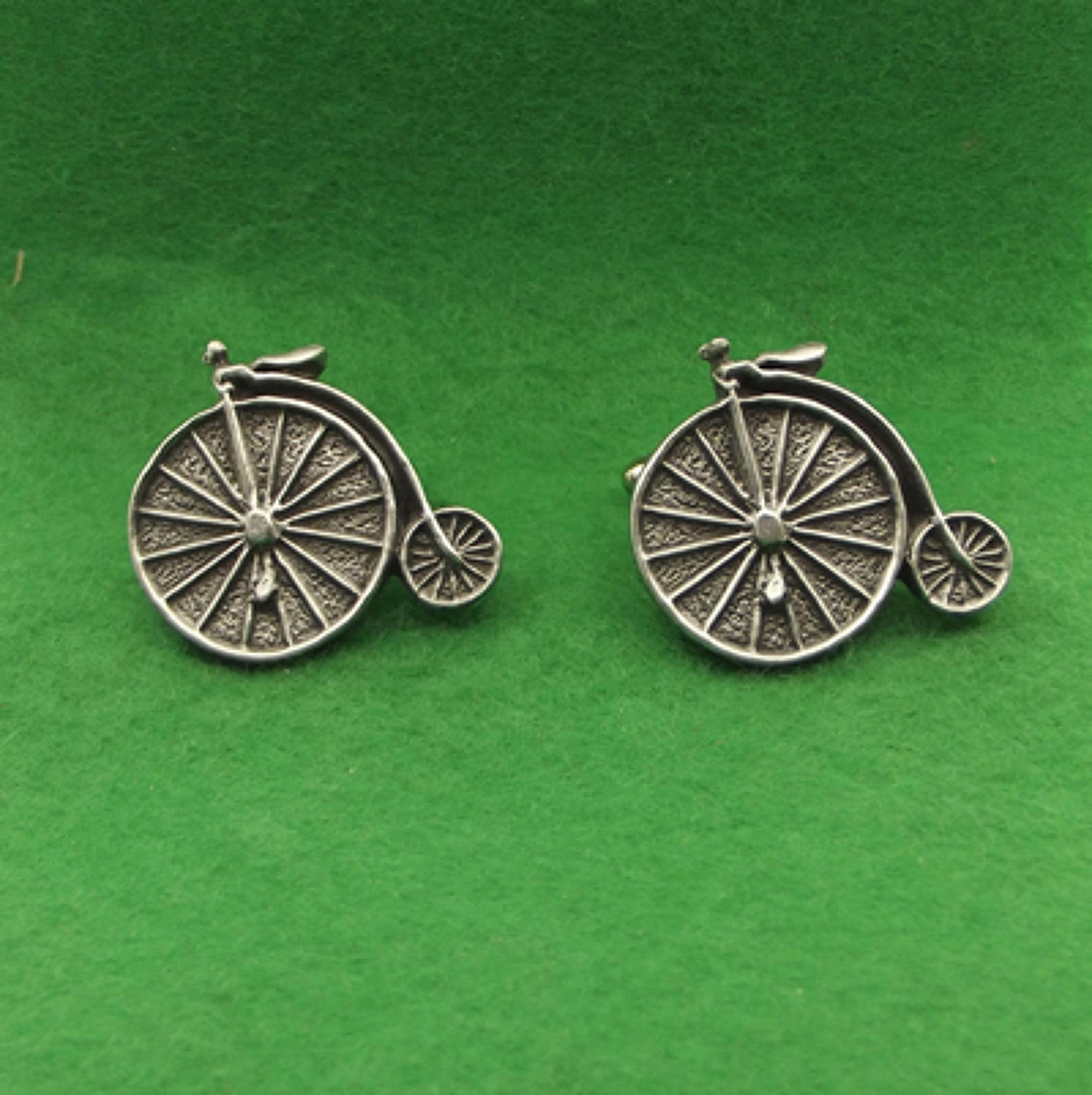 CL1220 Penny Farthing
