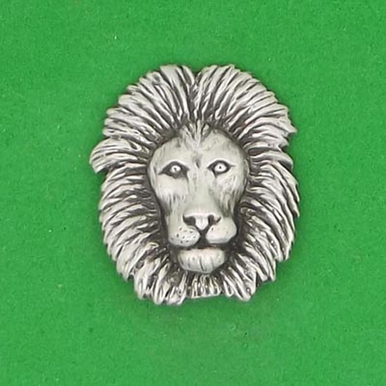 LP1319 Lion