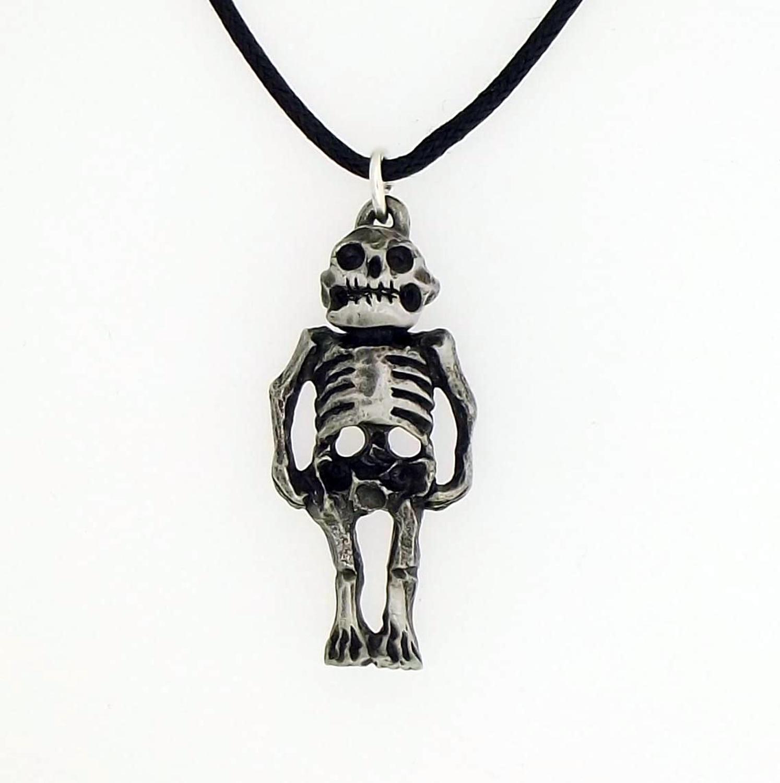 P1397 Alien Skeleton