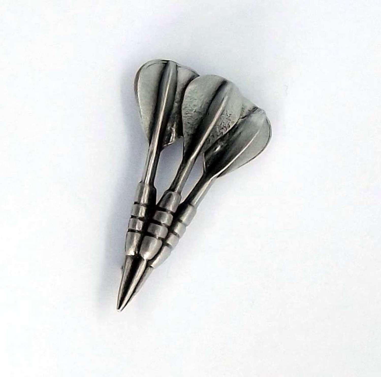 BR0825 Darts