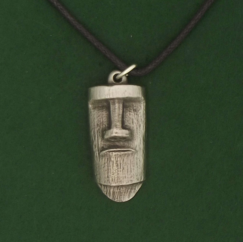 P1748 Easter Island Head